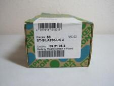 PHOENIX CONTACT 0921053 ST-SILA250-UK 4 FUSE PLUG  NEW IN BOX LOT OF 50