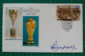 1986 Tuvalu The World Cup 1930-1986 Signed Captain England Winners BOBBY MOORE