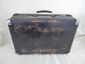 Alter Koffer mit Metallecken, schwarz, B 50 x T 33 x H 18 cm, Deko, vintage