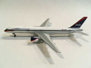 1/400 Gemini Jets Delta Air Lines Boeing 757-232 N601DN 1997s Colors GJDAL073