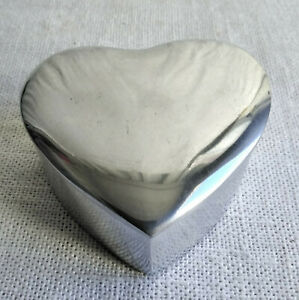 Silver Alloy Heart Shape Boxes - New
