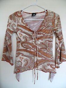 DYNAMITE Womens V Neck 3/4 Sleeve Paisley Top Shirt Blouse Size XS