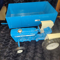 Vintage toy Ford 4600 Tractor and Trailer, Very Large scale
