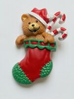 Hallmark Vintage 1985 Holiday Pin CHRISTMAS BEAR in stocking w/ candy canes