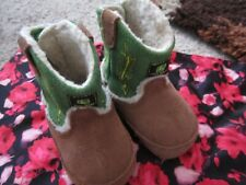 John Deere Sherpa Lined Crib Boots Booties Size 3 Infant Baby Unisex Green/Brown