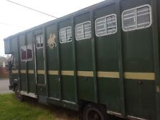 ford cargo 0813 horse lorry