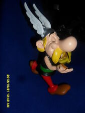 RESIN ASTERIX ET LE CHAUDRON D'OR CARTOON  FIGURINE WITH NUMBERED CERTIFICATE
