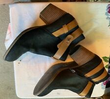 Dolce Vita black leather side zip booties sz 9