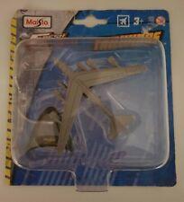Maisto B-52H Stratofortress, die cast toy, New.