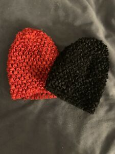 New set of 2 very nice baby girl hats size 0-12 months Color Red and Black