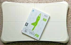 Wii Fit mit Nintendo Wii Balance Board in Weiß - Sehr guter Zustand