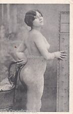 NUDE NAKED  WOMAN RISQUE - OLD POSTCARD