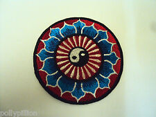 NOVELTY PEACE TAOISM SEW/IRON ON PATCH:- YING YANG TAOISM BLUE LOTUS FLOWERS
