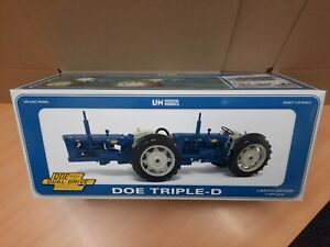 Universal Hobbies 1:16 UH6297 Doe Triple-D Dual Drive Tractor Limited Edition