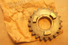 YAMAHA YZ100  YZ125  1980>1983  GENUINE  NOS  6th  GEAR  WHEEL - # 3R3-17161-00