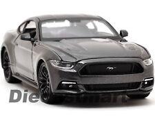 Maisto Modèle Réduit de Voiture Ford Mustang ´15 1/25 5