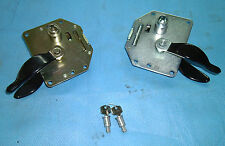 Lockable door handles (latches) for Land Rover Series 3 and ex Army Perentie 4x4