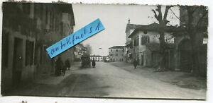 Foto - 1 :  Deutsche Truppen in Azzano-Deccimo in Italien im 1.WK