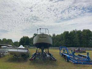 Bristol 32' Sailboat w/ Trailer