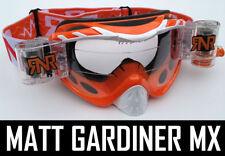 Gafas naranja para conductores