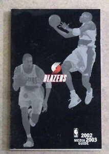 PORTLAND TRAIL BLAZERS NBA BASKETBALL MEDIA GUIDE - 2002 2003 - NEAR MINT