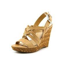 Sandalias y chanclas de mujer Jessica color principal beige sintético