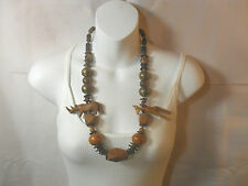 Women Costume Jewelry ~ Wood Beads Necklace ~ W/ Carved Giraffe and Rhino (1)