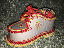 Vintage PIN CUSHION Antique GERMAN STYLE SHOE Shaped SHARP POINT PIN HOLDER