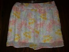MAURICES SUPER CUTE FLORAL PRINTED SHORT SKIRT. SIZE XL. GENTLY USED.