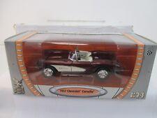 Road Signature 191130 1:24 Chevrolet Corvette C1 met.-dkl -rot/wei 1957 WS9802