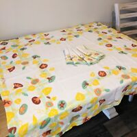"Vintage Mid Century Linen Tablecloth + 4 Napkins 45""x42"" Yellow Green Floral"