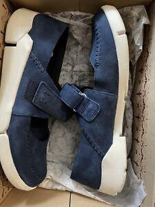 Boxed Clarks Tri Amanda Navy Nubuck Leather Shoes with Size 9 Worn One. Bargain!