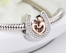 2019 Sterling Silver 925 Horseshoe LUCK CZ LOVE Hands Charm + Free Pandora pouch