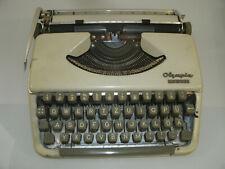 alte Schreibmaschine Olympia Splendid 66 mit Case