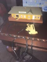 HO Bachmann Springfield Train Station Not Tested! Missing Chimmney Sold As Is!