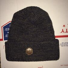 Winter Knit Beanie hat Brand Company ? SKI Snow board Skate Canada ??? Mountain