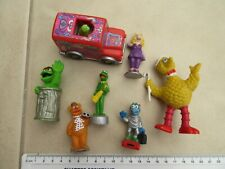 Sesame Street / Muppets Plastic Figures Toy Cake Topper Oscar big Bird etc..