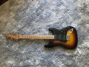 Rockwood by Hohner electric guitar