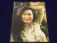 1976 ITS ME AGAIN - LORETTA LYNN MOVIE PROGRAM - GREAT PHOTOS - J 2045