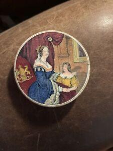 prattware pot lid Queen Victoria And Albert Edward.