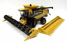 Caterpillar Lexion 590R  Combine Harvester 1:32 Norscot 56018 Includes 2 Heads