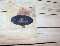 Private Collection Brand Cream Rose Floral Standard Pillow Case NEW