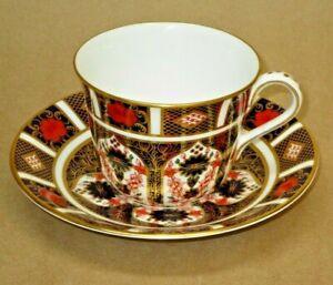 Royal Crown Derby 1128 Old Imari Flat Tea Cup and Saucer, English Bone China