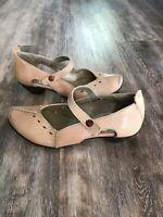 Fidgi 38 Womens Pink Low Heel Mary Jane Shoes Cutout 65275 B401