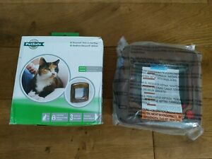 Cat Flap Petsafe Staywell Deluxe 4 Way locking Manual Magnetic Catflap BROWN