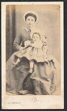 CDV c. 1870 - Femme et Fillette à Saint Maixent - T708