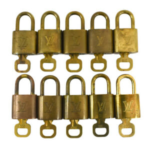 Auth LOUIS VUITTON Padlocks & Keys in a set of 10 Accessory Gold AC1742