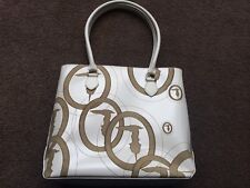 AUTH RARE TRUSSARDI EMBOSSED LEATHER WHITE TOTE BAG MADE IN ITALY
