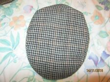 Men' s cap black brown check quilted lining L/XL  71/2 50% wool 50% acrylic