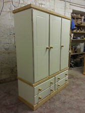 OLD MILL FURNITURE COUNTRY COLLECTION TRIPLE 4 DRAWER WARDROBE NO FLAT PACKS